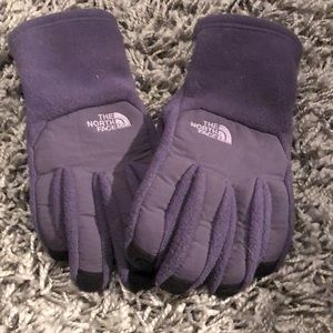 The North Face Accessories - North face winter gloves fleece lined